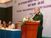 Indian defence chief vows to back business affiliation with Vietnam