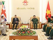 Vietnamese official welcomes UK, Thai guests