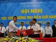 Ha Giang boosts border trade with Chinese locality