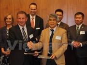 Vietnam, Australia strengthen sci-tech ties