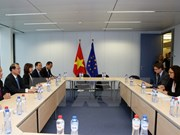 Deputy PM discusses bilateral trade ties with EU Commissioner