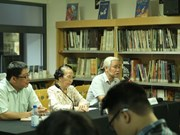Scholars debate role of French language