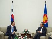 ASEAN backs peace efforts in Korean Peninsula