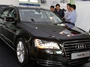 Overseas Vietnamese receive car tax break