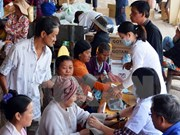 Long An offers medical check-ups to Cambodians