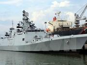 Indian navy ship anchors at Da Nang port
