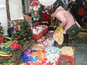 Christmas in the air in every corner of Hanoi