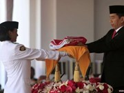 Indonesia's original national flag paraded for first time