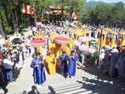 Thousands flock to Bodhisattva festival in Thua Thien-Hue