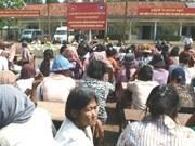Vietnamese, Cambodian doctors care for poor patients