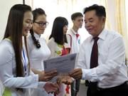 German state grants scholarships to poor students in Thai Nguyen