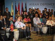 Vietnam shares security issues at ADMM Retreat