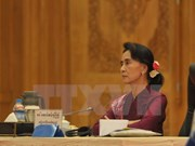 Political talks in Myanmar on power transition