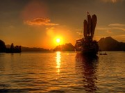 Ha Long among top nine sunset selfie spots in SE Asia