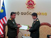 Vietnam invited to Defence Services Asia Exhibition in Malaysia