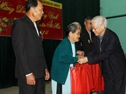 Ministry plans Tet gifts for revolution contributors