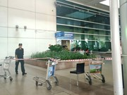 Australian fell from 3rd floor terminal in Tan Son Nhat airport