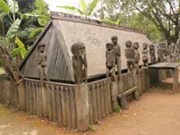 Tay Nguyen grave statues may be history