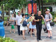 Record number of Chinese tourists visits Vietnam during Tet