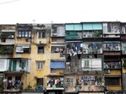 Government to take down damaged buildings