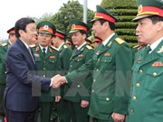 President meets Army Corps 1, has working session with Ninh Binh