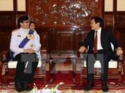 President greets incoming ambassadors