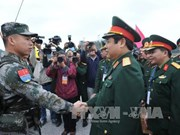 Vietnamese, Chinese defence ministers witness joint patrol