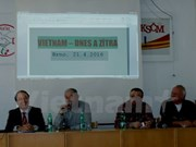 Seminar on Vietnam's renovation held in Czech Republic