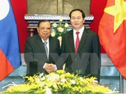 President meets Lao top leader
