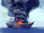Palau torches Vietnamese illegal fishing boat