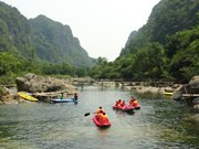 Quang Binh offers ticket discounts to draw tourists