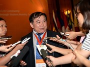Vietnam aims to draw foreign students