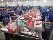 Cambodia newspaper highlights economic ties with Vietnam