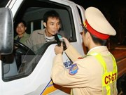 PM urges stronger measures to improve traffic safety