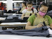 Vientiane to issue temporary working permit for migrant workers