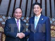 PM Nguyen Xuan Phuc active on ASEM sidelines