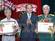 Prime Minister honours outstanding war heroes