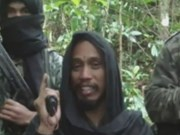 Indonesia police hunt Santoso's insurgent group