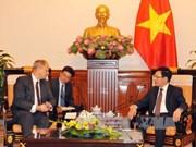 Deputy PM meets Cambodian, German ambassadors