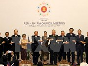 Vietnam attends ASEAN trade, investment meetings in Laos