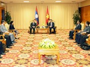 Vietnam, Laos boost financial partnership