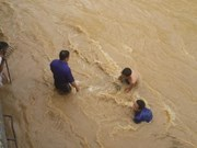 More support for flood-hit residents in Lao Cai