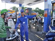 Fuel prices gain nearly 700 VND per litre