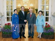 President affirms Vietnam's wish to boost ties with Singapore