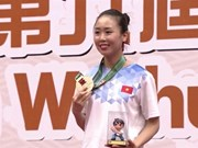 Tran Thi Khanh Ly wins Asian wushu gold medal
