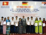 More students receive German state's scholarships