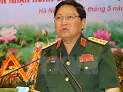 Vietnamese, Singaporean Defence Ministers hold talks