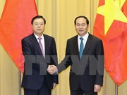 President: Vietnam wants to develop stable ties with China
