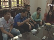 Lao students experience homestay in Da Nang