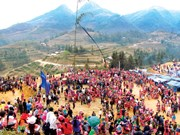 Mong's Festival brightens northwestern region